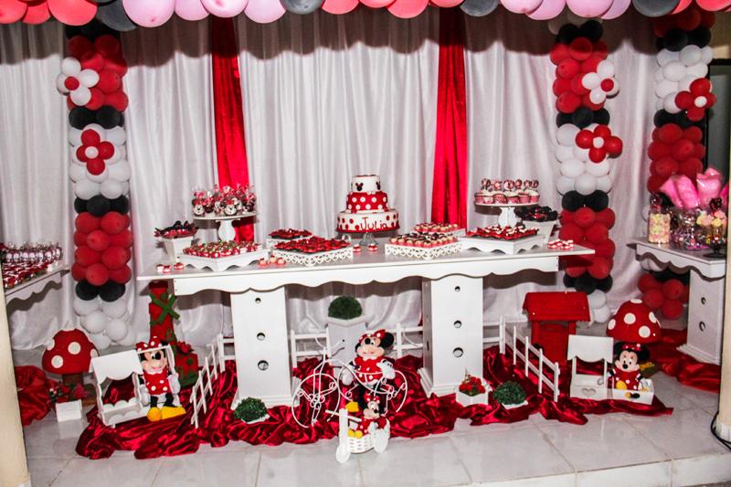 Simplesmente amo as festinha com o Tema Minnie Vermelha! Sempre super