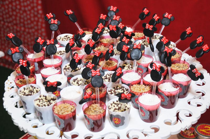 Que orgulho!! Uma linda festa com o Tema Minnie Vermelha feita com o