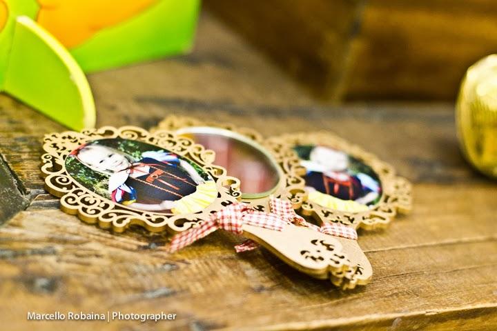 Espelhinhos(molduras Danicapipa ) e personalização feitos pela mamãe: