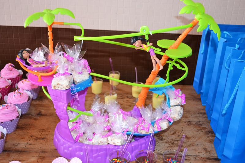 Bolo De Festa Da Polly Pocket ~ Jogos De Arrumar Casamento No Jardim
