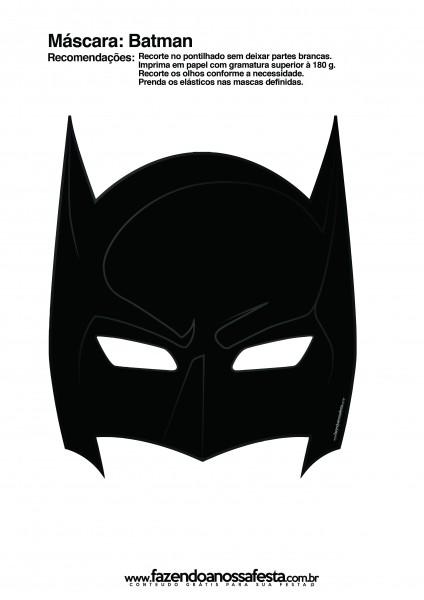 Vamos fazer a festa mais divertida, com todo mundo usando máscara do Batmam. Clique aqui e imprima a sua máscara.
