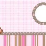 Ursinha de Vestido Marrom e Rosa – Kit Completo com molduras para convites, rótulos para guloseimas, lembrancinhas e imagens!