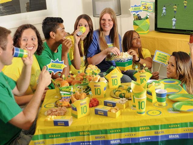festa_cromus_brasil_decoracao_pessoas