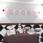 Tema: Chá de Bebê Rosa e Marrom – Festa da Leitora Fabiana B. Camargo!