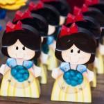 Tema: Branca de Neve – Festa da Leitora Taty!