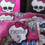 Tema: Monster High – Festa da Leitora Jacqueline Santos Elisiario!