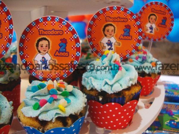 Cupcakes da Galinha Pintadinha: