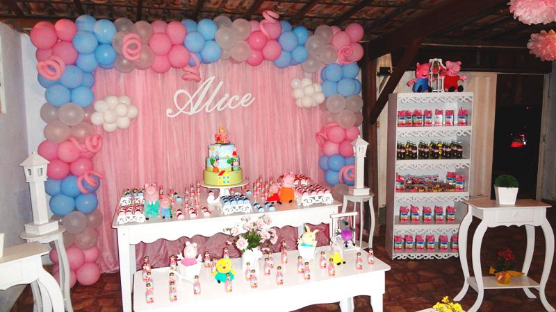 vende-se toda decoração de festa infantil peppa pig pelúcia.