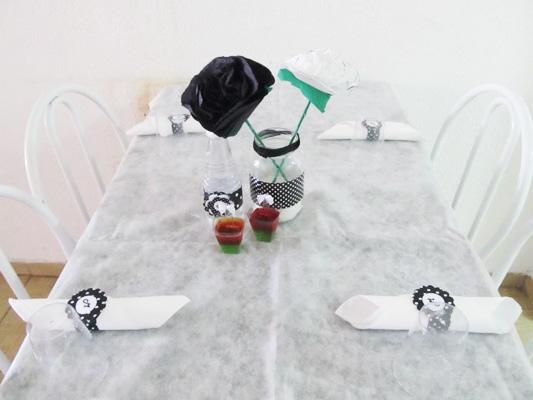 Mesa Festa Preto e Branco