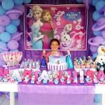 Mesa de Doces Festa Frozen da Maria Luisa