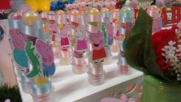 Tubetes Festa Peppa Pig da Isabella