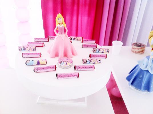 Batom Festa Princesas da Disney da Eloiza