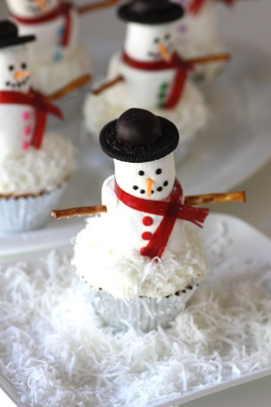 Passo a Passo Boneco de Neve com Cupcake e Marshmallow 2