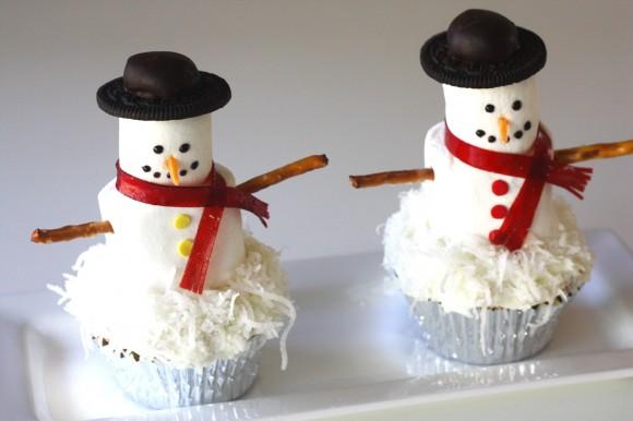 Passo a Passo Boneco de Neve com Cupcake e Marshmallow 4
