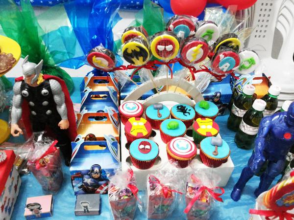 Cupcakes Festa Esquadrão de Heróis