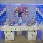 Decoração Festa Frozen da Lívia e Beatriz