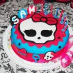Bolo Festa Monster High Rosa