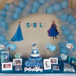 Mesa de Doces Festa Frozen da Isabela