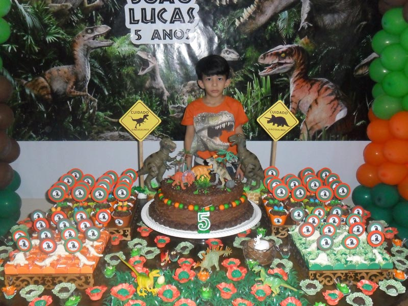 Festa Dinossauros do João Lucas