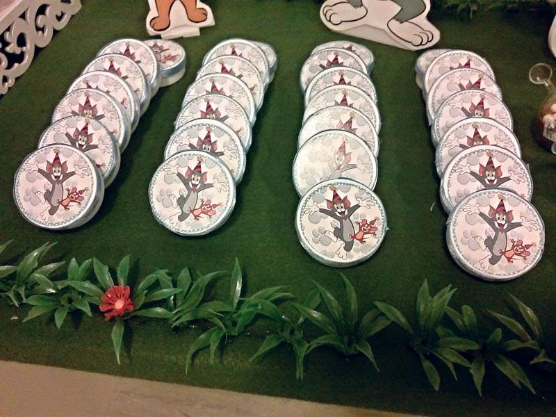 Latinhas Festa Páscoa Tom e Jerry