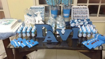 Letras 3D e doces Chá de Fraldas do Davi