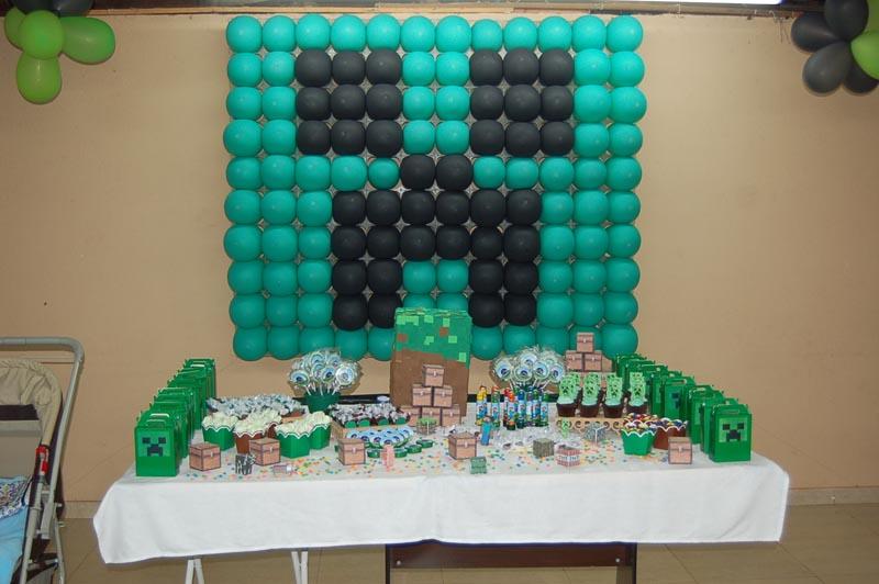 Mesa de Doces Festa Minecraft do Lucas