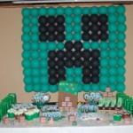 Painel de Balões Creeper Festa Minecraft do Lucas