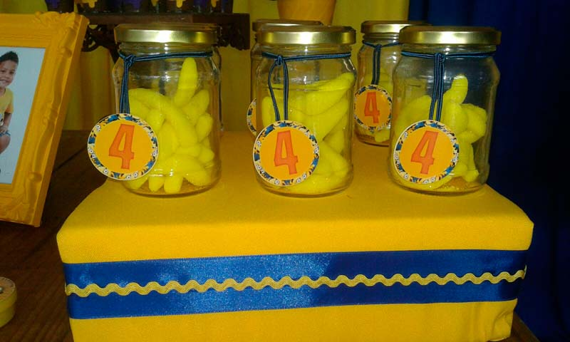 Balas de Banana Festa Minions do Caio