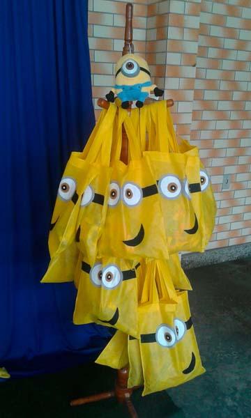Sacolinha Surpresa Festa Minions do Caio