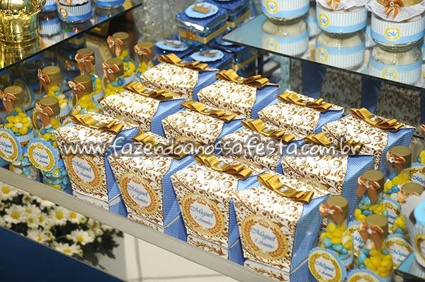 Caixa China in Box Festa Coroa de Principe do Miguel