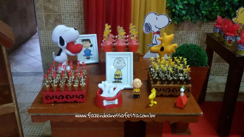 Docinhos Festa Snoopy do Pedro