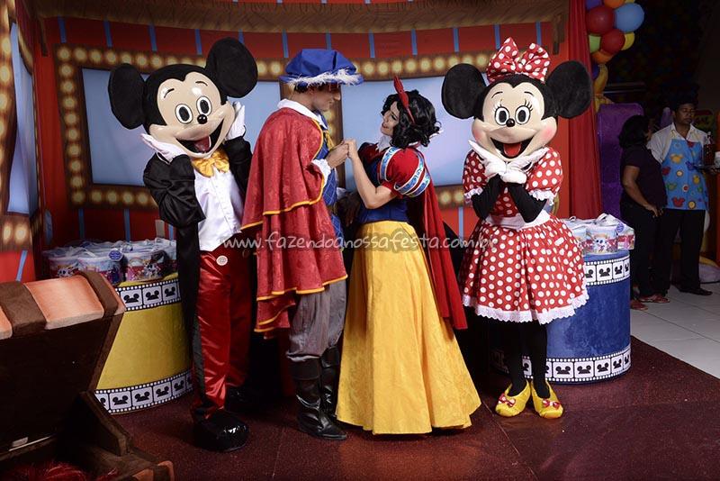 Mickey, Minnie, Branca de Neve festa Disney Perylampo Festas
