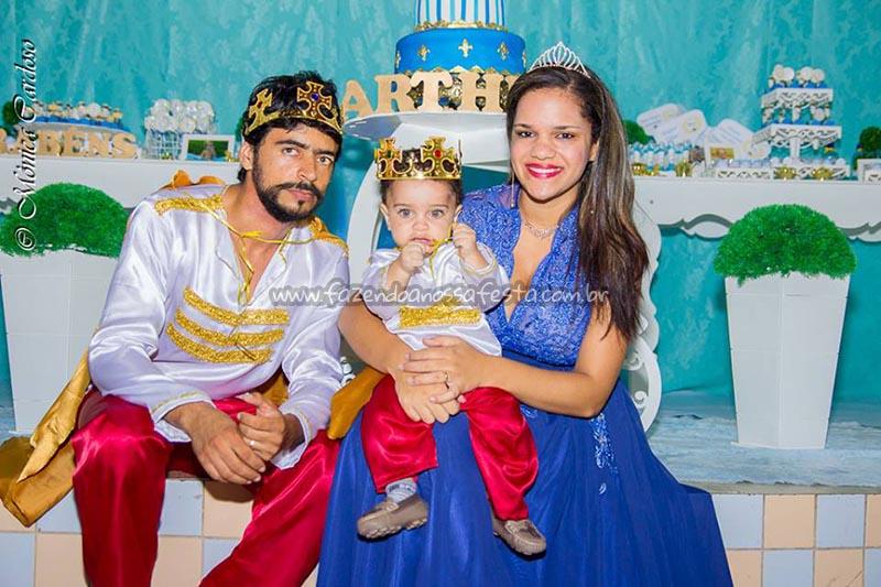Familia Real - Festa Realeza do Arthur
