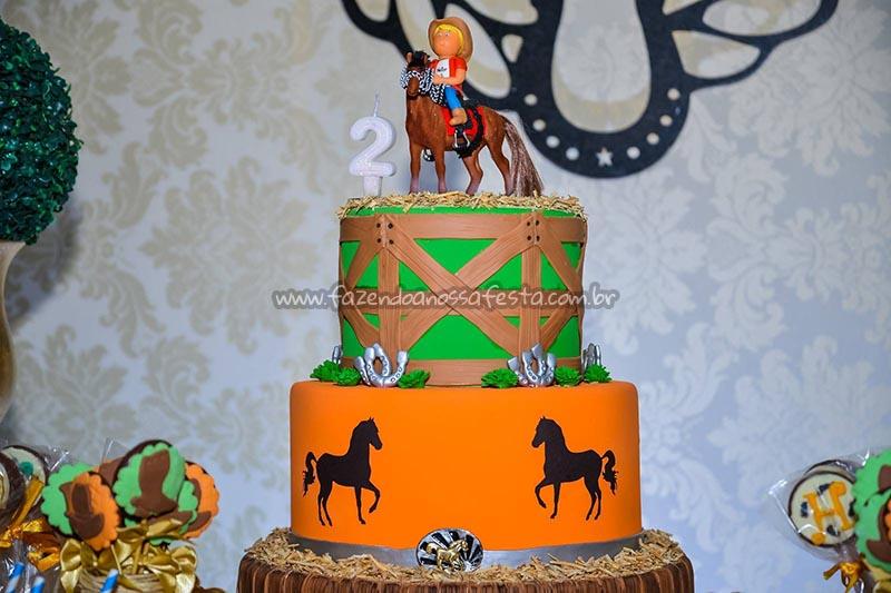 Bolo Ideias para Festa Cavalos