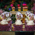 Cupcakes Festa Marsha e o Urso Pietra