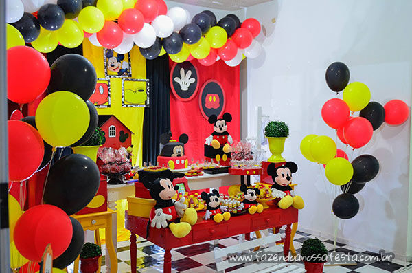 Mesa doces Festa Mickey do Emanuel