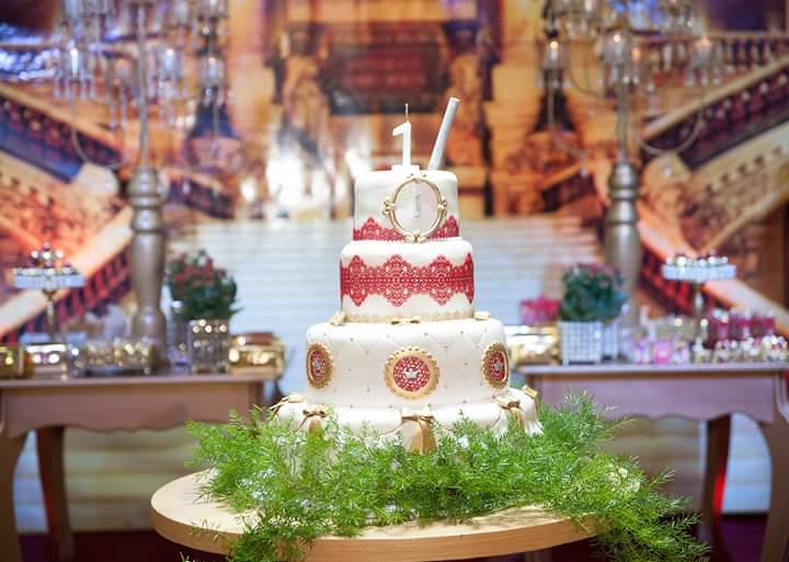 Bolo Festa Coroa de Princesa da Isabela