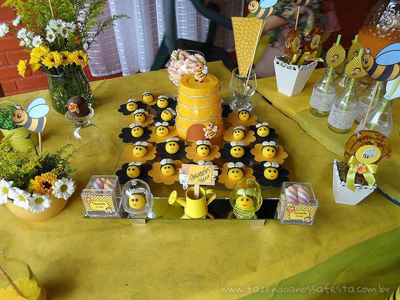 Docinhos Festa Abelhinha da Isabella
