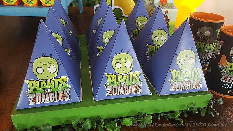 Caixa Pirâmide 2 Festa Infantil Plants vs Zombies