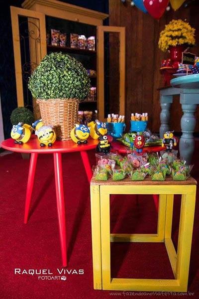 Ideias para Festa Infantil Minions Super-Heróis 12