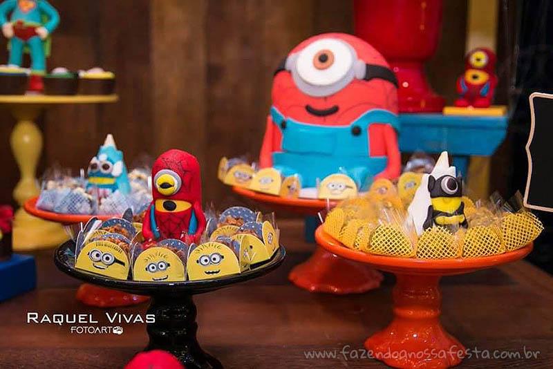 Ideias para Festa Minions Super-Heróis Docinhos