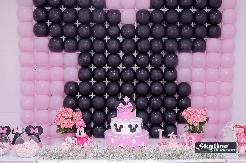 Painel com balões Festa Minnie Rosa da Lívia
