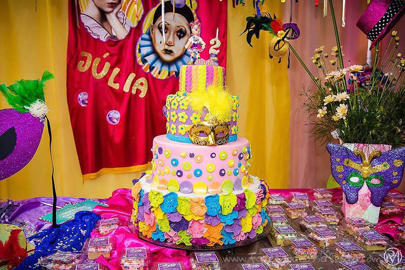 Bolo Festa Carnaval da Júlia
