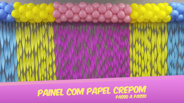 Painel com Papel Crepom Modelo