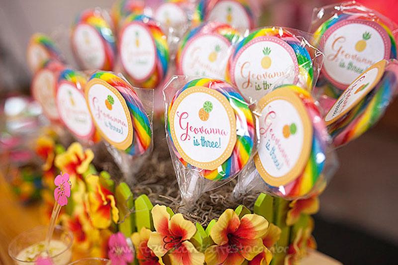 Festa Infantil Tropical Chic da Geovanna 11