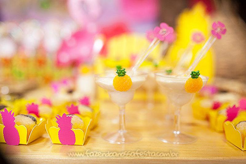 Festa Infantil Tropical Chic da Geovanna 12