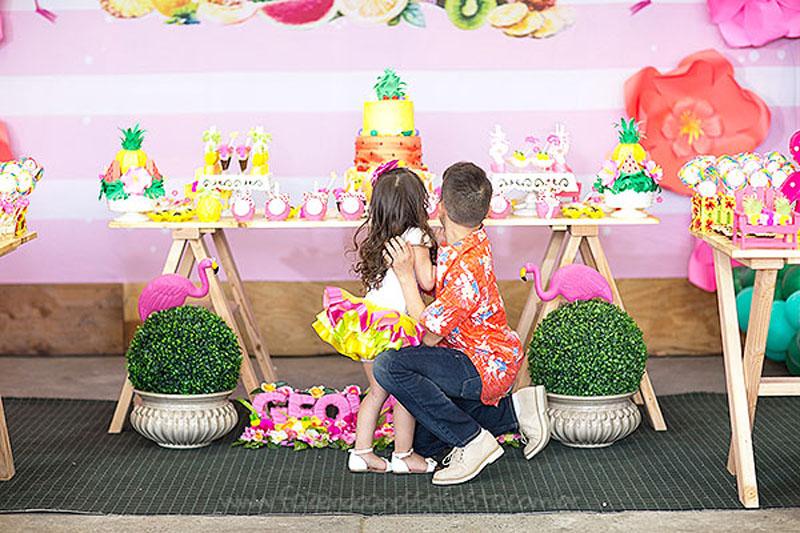 Festa Infantil Tropical Chic da Geovanna 2