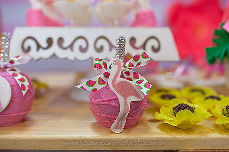 Festa Tropical Chic da Geovanna 5