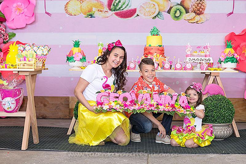 Festa Tropical Chic da Geovanna 8
