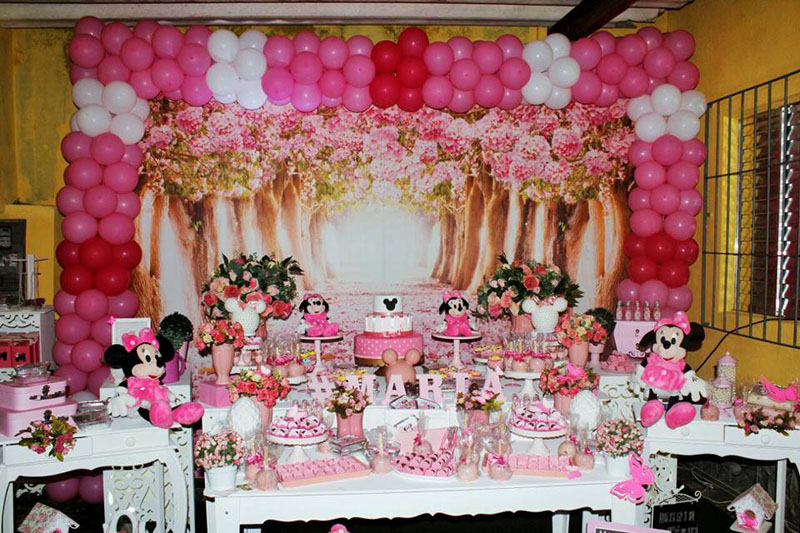 Mesa dos doces decoracao Festa Minnie Baby da Maria